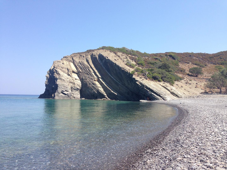una spiaggia poco lontana da Diafani a Karpathos