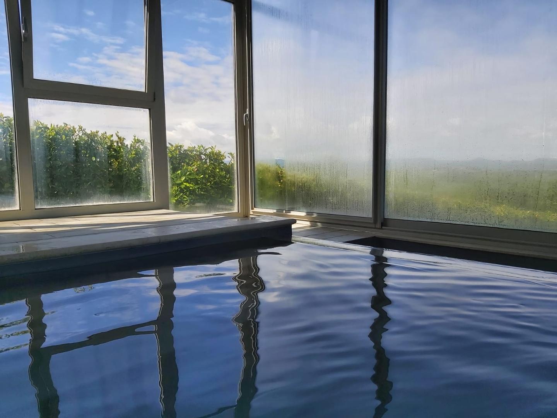 torri di porsenna, la piscina panoramica coperta