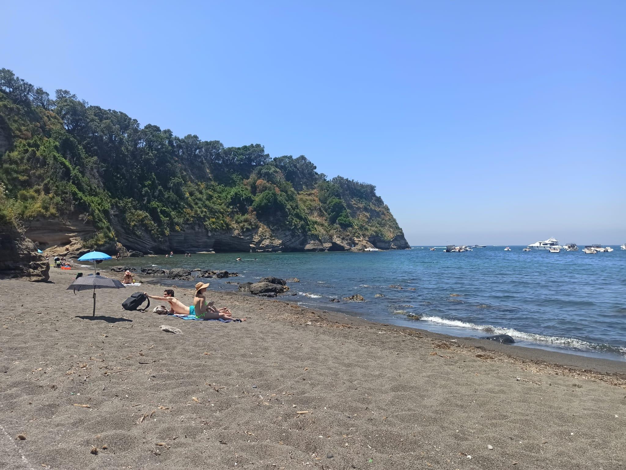 la spiaggia del postino a Procida